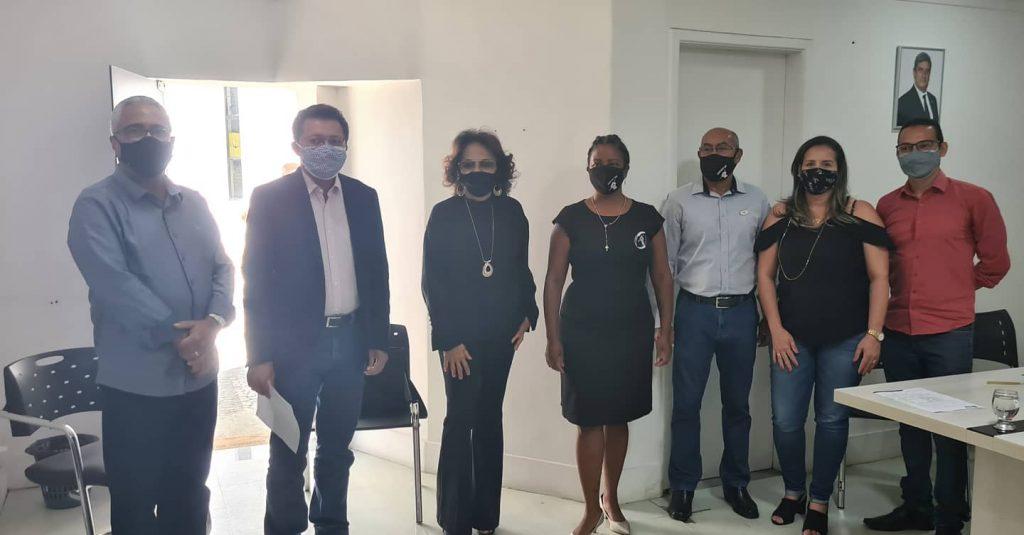 Sintest em defesa do CEB: Assinatura de Convênio entre Uefs e Prefeitura de Feira de Santana, e atendimento a pleitos