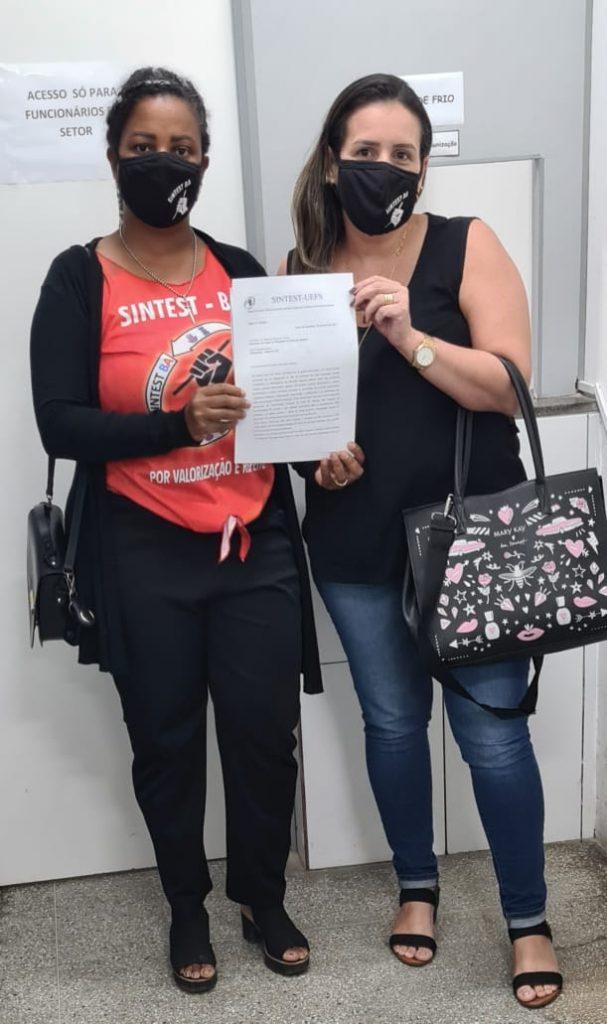 Sintest entrega lista nominal dos trabalhadores da Uefs na Secretaria de Saúde Municipal