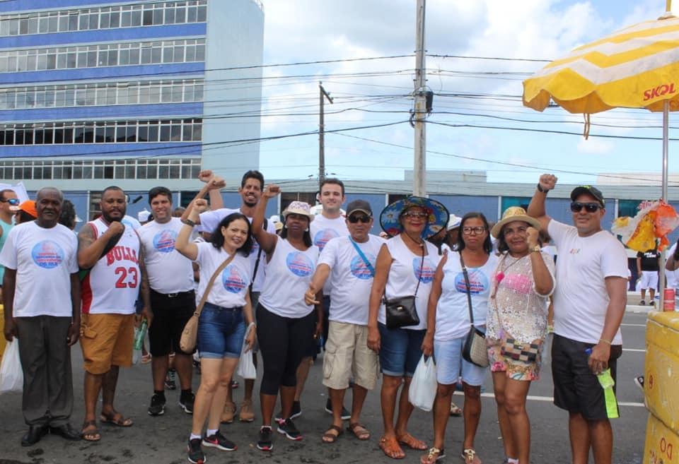 Servidores sobem a Colina Sagrada e protestam em defesa dos seus direitos