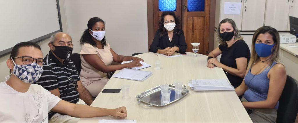 Sintest-Ba dialoga com a secretária de educação do município, Anaci Paim, sobre as demandas do CEB